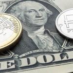 Перед советом директоров ЦБ рубль подвергся снижению