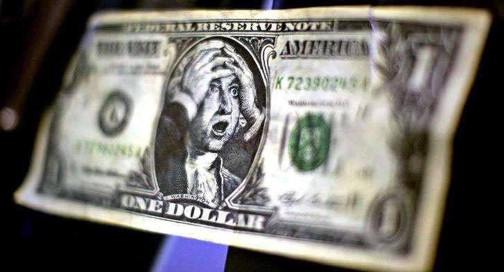 Кто бы мог подумать, что динамика доллара США подвергнется снижению даже после столь мощных благоприятных факторов. По словам ФРС проблема возникла из-за того, что в Западном регионе очень слабо растут потребительские цены, что собственно и ослабляет валюту. По словам Джеймса Балларда (главы отдела по Сент-Луису) инструмент краткосрочных ставок вполне себя оправдывает и то, что показатель безработицы ускоряет инфляцию его не сильно волнует. Даже если привести ее к минимуму, навряд ли она станет стимулятором повышения. Но Ник Кашкари (руководитель в Миннеаполисе) считает, что низкий уровень инфляции – это самое важное, в особенности, когда котируется в районе 2%. <span id=