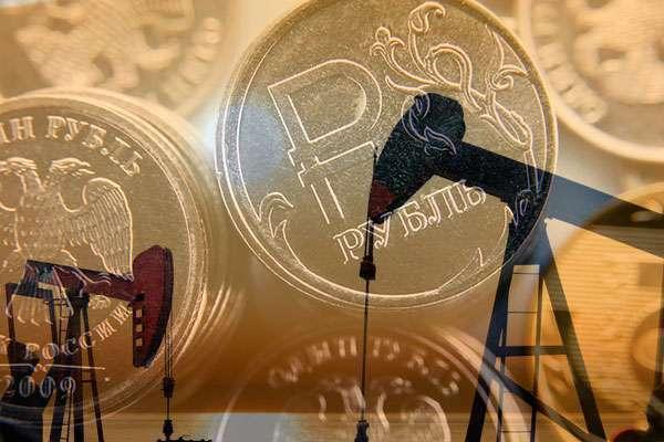 Рубль держится стабильно, несмотря на налоги и цены на нефть
