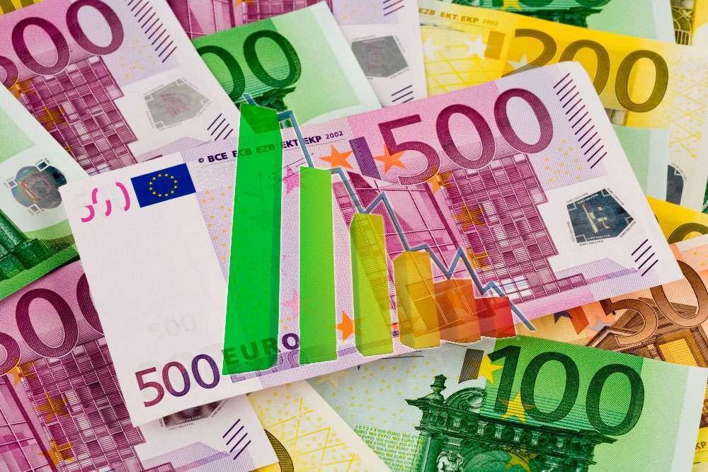 Активная потеря позиций европейской валюты