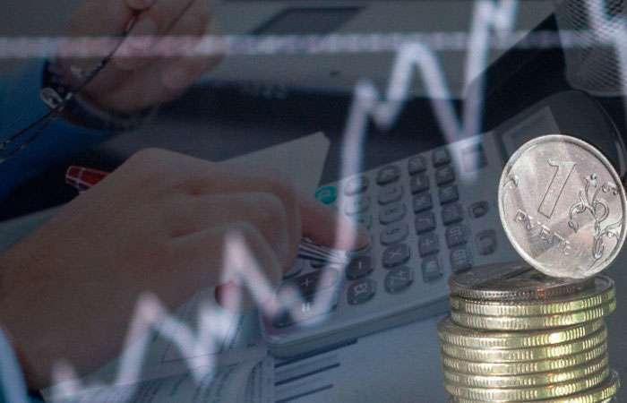 Рубль дорожает на фоне пикового периода уплаты налогов