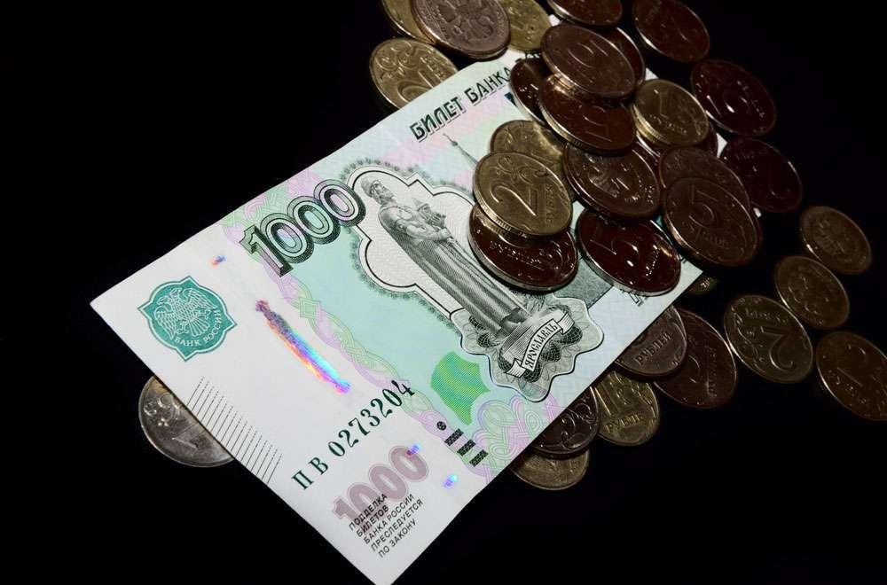 Дрожание нефти стимулирует рубль, даже несмотря на активный рост доллара