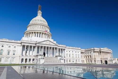 В Москву возвращаются миллиарды долларов благодаря Вашингтону