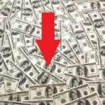 Доллар на форексе слабеет, золото и серебро консолидируются