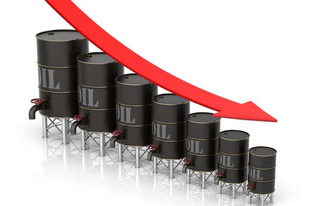Падение стоимости черного золота расшевелило валютный рынок и снизило курс рубля