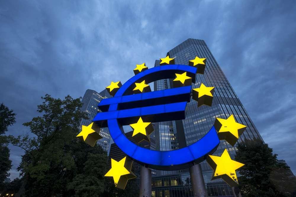ФРС снова в деле, ЕЦБ сомневается, инвесторы определяются с направлением
