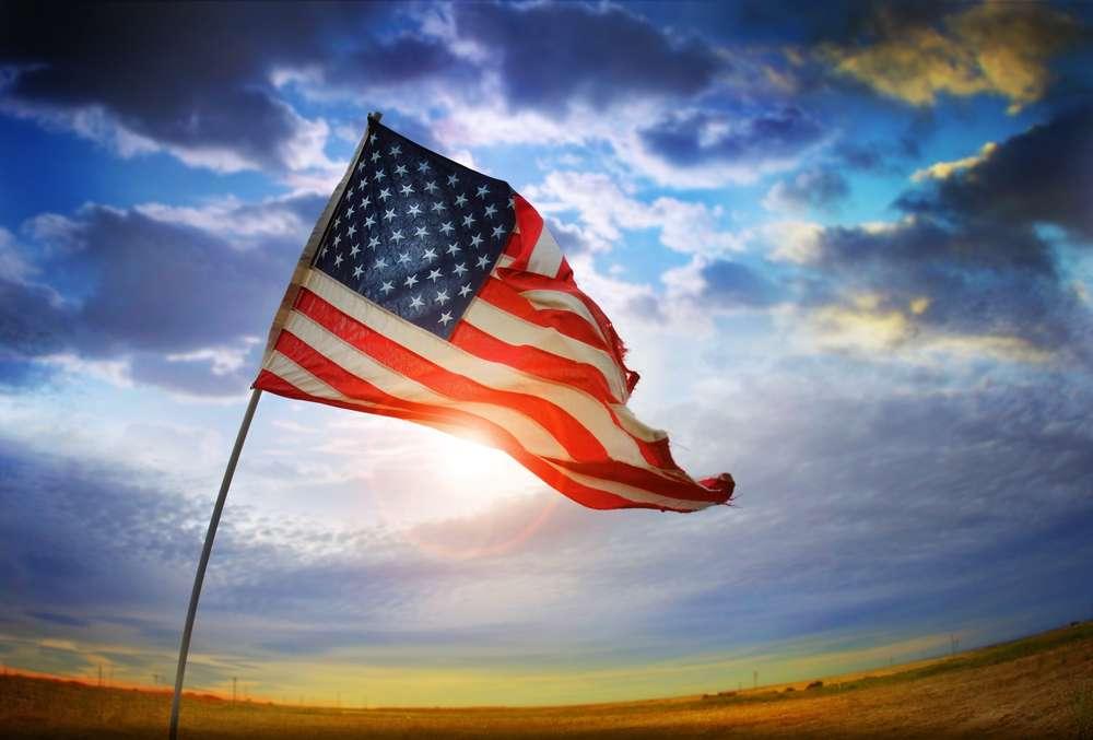 Макрон предложил надавить на США