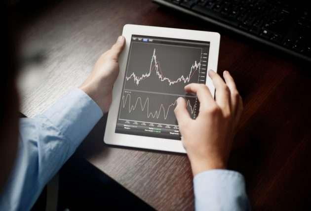Сколько в среднем зарабатывает трейдер в России и как стать инвестором?