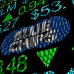 Голубые фишки Мосбиржи: преимущества и недостатки инвестиций