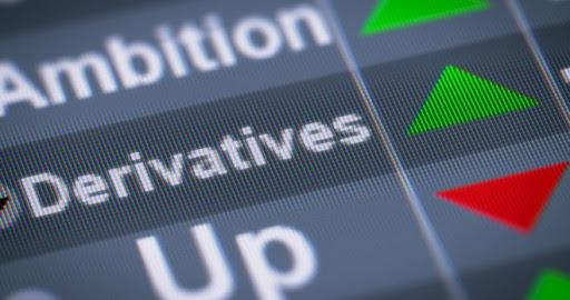 особенности торговли деривативами